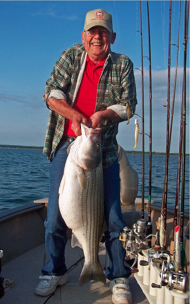 Texoma Stripers PUMP UP! - Lake Texoma AssociationLake