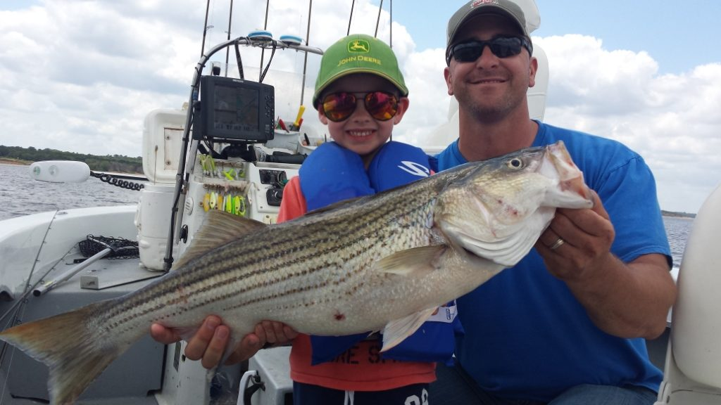 May fishing report lake texoma associationlake texoma for Fishing guides on lake texoma